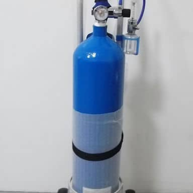 Oxygen cylinder with Regulater in Uganda